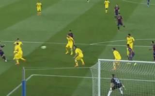 Lionel Messi culminó jugada del Barcelona con un toque maestro