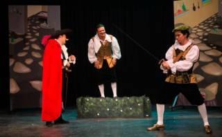 """Ingreso libre a """"Cyrano de Bergerac"""" por el Día de la Madre"""