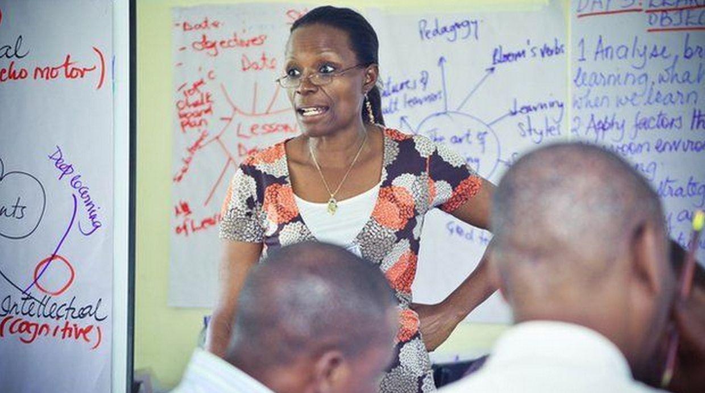 La fundación de Varkey ha capacitado a 12.000 docentes en Uganda. (Foto: BBC Mundo)