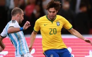 Dunga convocó a Kaká como reservista para la Copa América