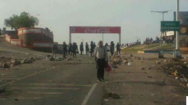 Identifican a pasajero que murió durante bloqueo en Arequipa