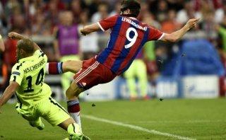 Lewandowski anotó tras un amague letal a Mascherano (VIDEO)