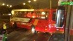 WhatsApp: bus casi se voltea cerca al trébol de Javier Prado - Noticias de vía de evitamiento