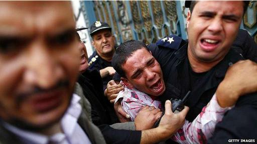 La mayoría de los manifestantes que murieron en los choques frente al palacio presidencial en 2012 eran seguidores de los Hermanos Musulmanes.