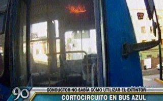 Corredor azul: bus se incendió y chofer no supo usar extintor
