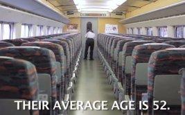 Japonenes limpian tren bala en solo siete minutos [VIDEO]