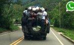 WhatsApp: hasta nueve viajan colgados de un camión en Tarapoto