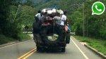 WhatsApp: hasta nueve viajan colgados de un camión en Tarapoto - Noticias de catarata