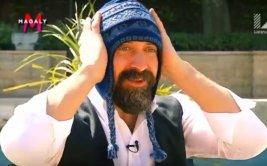 Magaly Medina invitó pisco y regaló un chullo a Onur (VIDEO)