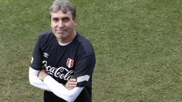 """Néstor Bonillo: """"En Perú hay muchos jugadores subidos de peso"""""""
