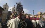 Colorido pasacalle y fiesta religiosa en la Plaza de Armas