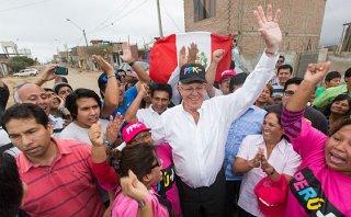 PPK inició su campaña en VES apostando por inclusión económica