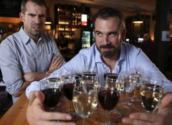 ¿Es mejor unas copas diarias o una borrachera el fin de semana?