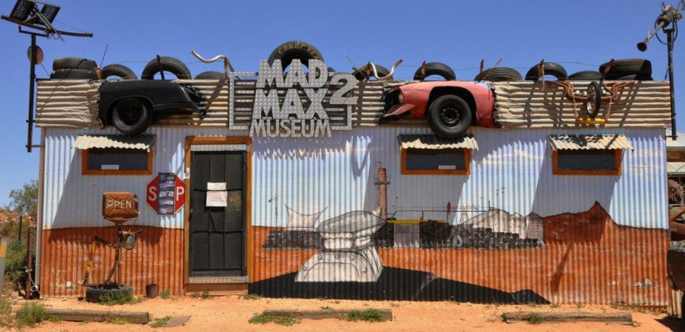 Está dedicado a Mad Max 2 y se ubica en Australia