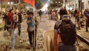 Chile: Marcha estudiantil reúne a miles de jóvenes [EN VIVO]