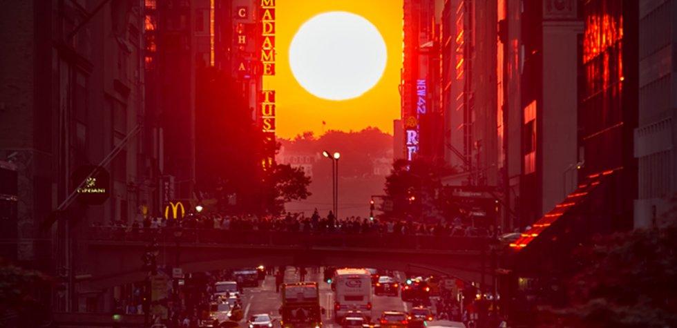 El Manhattanhenge sorprende a los neoyorquinos