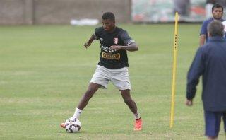 """Carlos Ascues lanza el reto: """"A Neymar habrá que ajustarlo"""""""