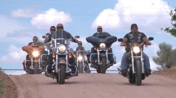 Niña víctima de bullying fue salvada por motociclistas [VIDEO]