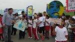 Chimbote: alumnos bloquean vía para exigir erradicar basural - Noticias de fe y alegria