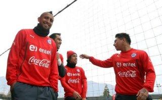 Copa América: Vidal llegó a Chile y completó selección sureña