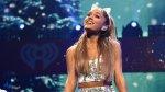Ariana Grande remece Twitter con este mensaje feminista - Noticias de pene más grande del mundo