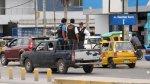 Fiscalizadores viajan en tolva de vehículos sin placa de rodaje - Noticias de placas de rodaje