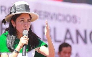 Nadine Heredia: Alan García trata de golpear programas sociales