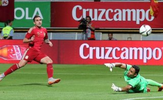 España venció 2-1 a Costa Rica en amistoso internacional