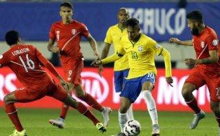 """Dunga: """"Si Perú juega como hoy, va a tener muchas chances"""""""