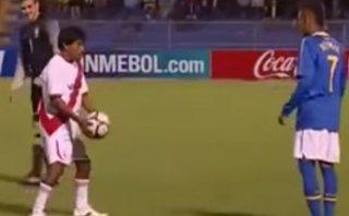 Neymar también fue humillado en una cancha y por un peruano