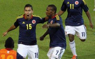 Colombia venció 2-1 a Ecuador y empezó con buen pie en hexagonal final