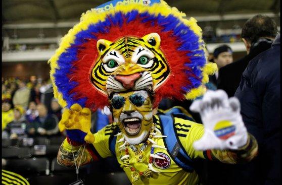 Brasil vs. Colombia: fiesta en las tribunas del Monumental