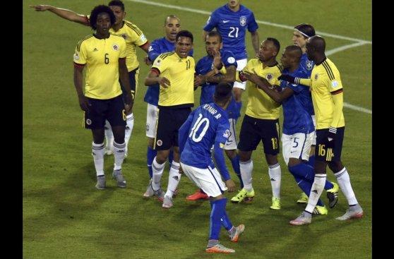Brasil vs. Colombia: así fue la gresca en el final del partido