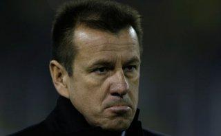 Dunga criticó duramente al árbitro tras derrota de Brasil
