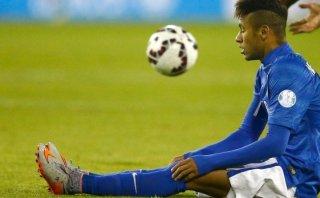 """Neymar: Brasil argumentará que asistente lo llamó """"piscinero"""""""