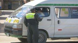 Policías detuvieron a padres ancianos... pero era una sorpresa