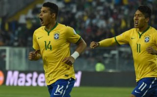 Brasil venció 2-1 a Venezuela y pasó a cuartos de Copa América