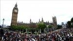 Miles marchan contra austeridad en Londres [VIDEO] - Noticias de russell brand