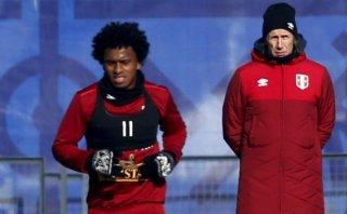 Selección: Yordy Reyna brilló y marcó seis goles en amistoso