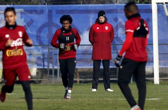 Selección peruana goleó en amistoso tras clasificación (FOTOS)