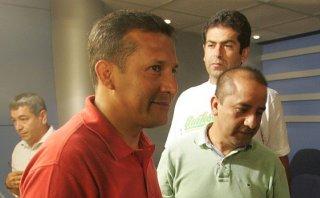 Belaunde Lossio y Rivera no presentarán amparo contra comisión