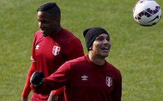 Selección peruana: la alegría de Paolo y Farfán en la práctica