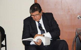 Alan García respalda amparo de Nadine contra Comisión Belaunde