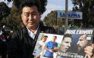 Lionel Messi: fan viajó 30 horas para darle regalo y no pudo