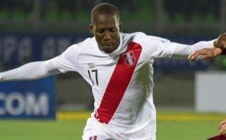 Luis Advíncula interesa en la Premier League, dicen en Portugal