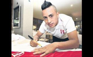 """Chistian Cueva: """"Pizarro me insiste en que salga al extranjero"""""""