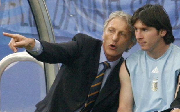 Pekerman hizo debutar a Messi en la selección argentina. (Foto: AFP)