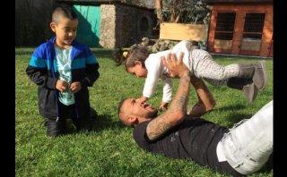 Arturo Vidal: así pasa la tarde libre otorgada por Sampaoli