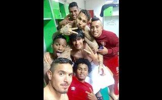 Selección peruana: la foto de vestuario tras avanzar a semis