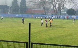 Selección peruana entrenó en Temuco antes de viajar a Santiago